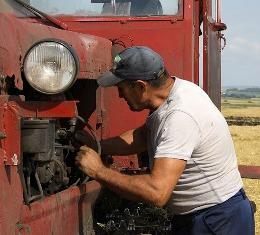 Условия труда работников сельского хозяйства под контролем