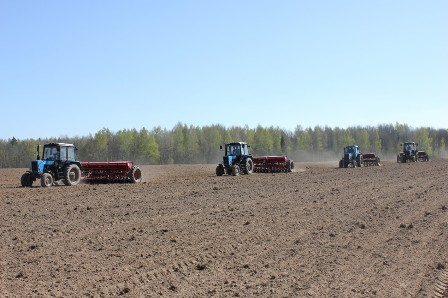 О результатах надзора  за условиями труда работающих при проведении весенних полевых работ за период с 16 по 22 апреля 2021 года